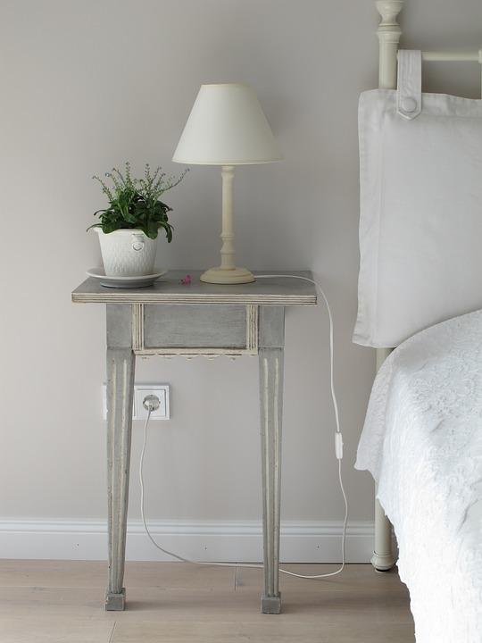 indretning, interiør, stikkontakt, seng, sengebord